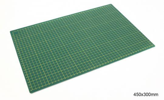 Schnittunterlage 450x300mm
